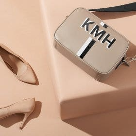 Discover the Crossbody Handbag!